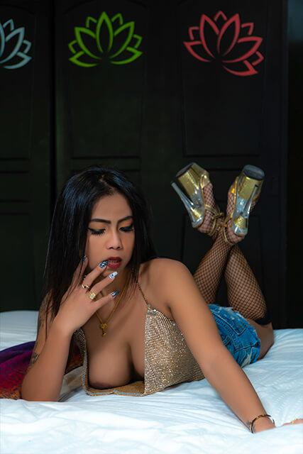 Escorts in Phuket Outcall Girls - Angie